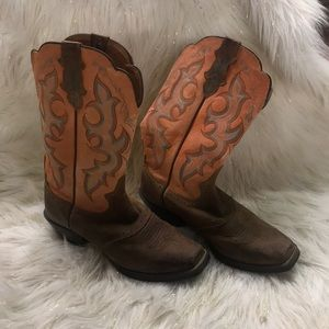 Justin Boots womens boots size 8.5